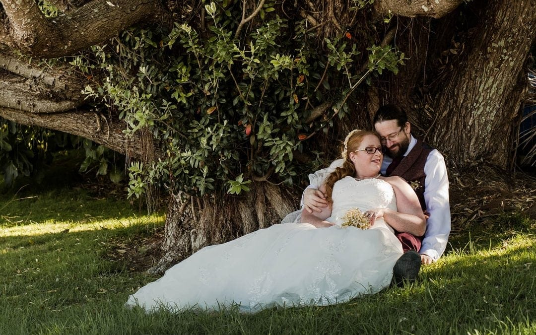 Katrina and Adrian's relaxed kiwi backyard wedding